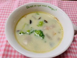 ほっこり♪ブロッコリーの豆乳スープ